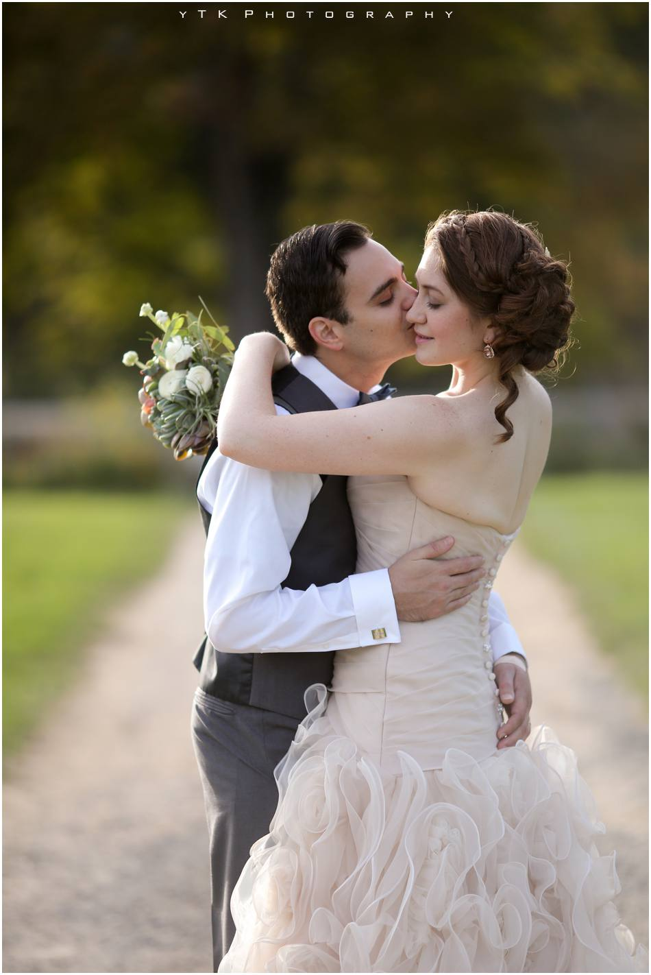 Olde_Tater_Barn_Wedding_035
